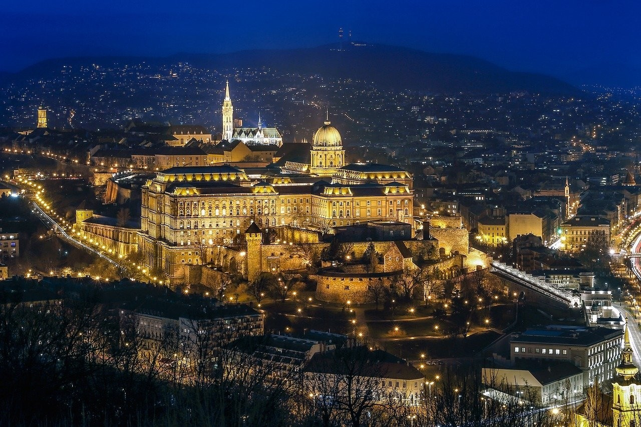 budapest-2030015_1280